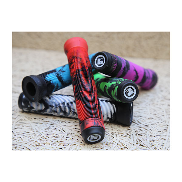 HIPE Puños Scooter 155mm Black / Red